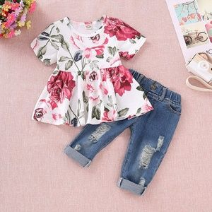 Girls Floral Peasant Top With Distressed Jeans